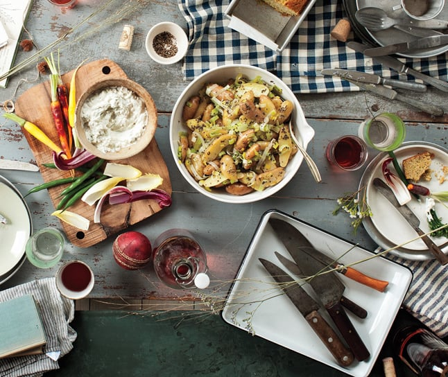 How to Host a Potluck Dinner Party