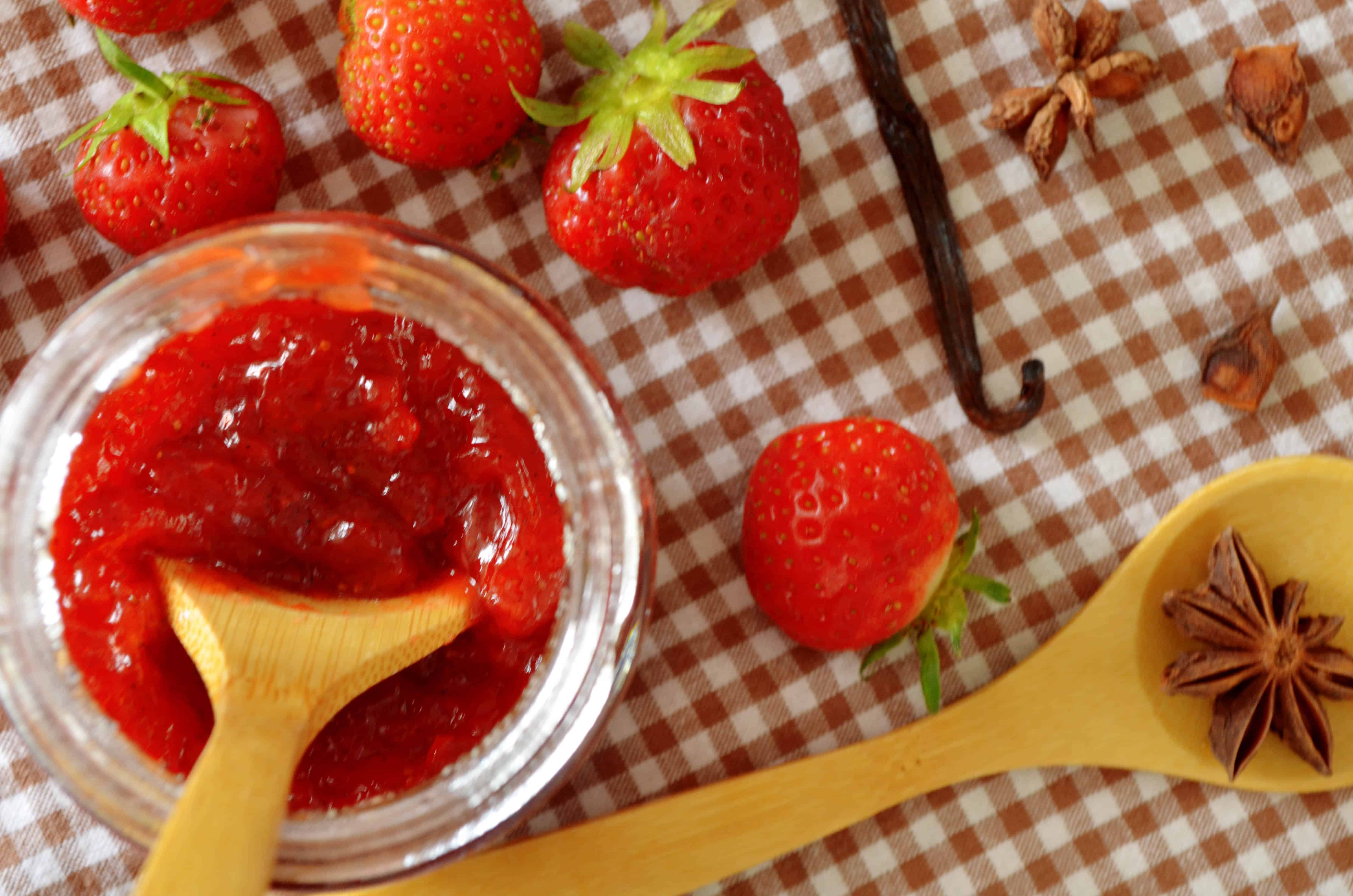 How to Make (and Can) strawberry Jam
