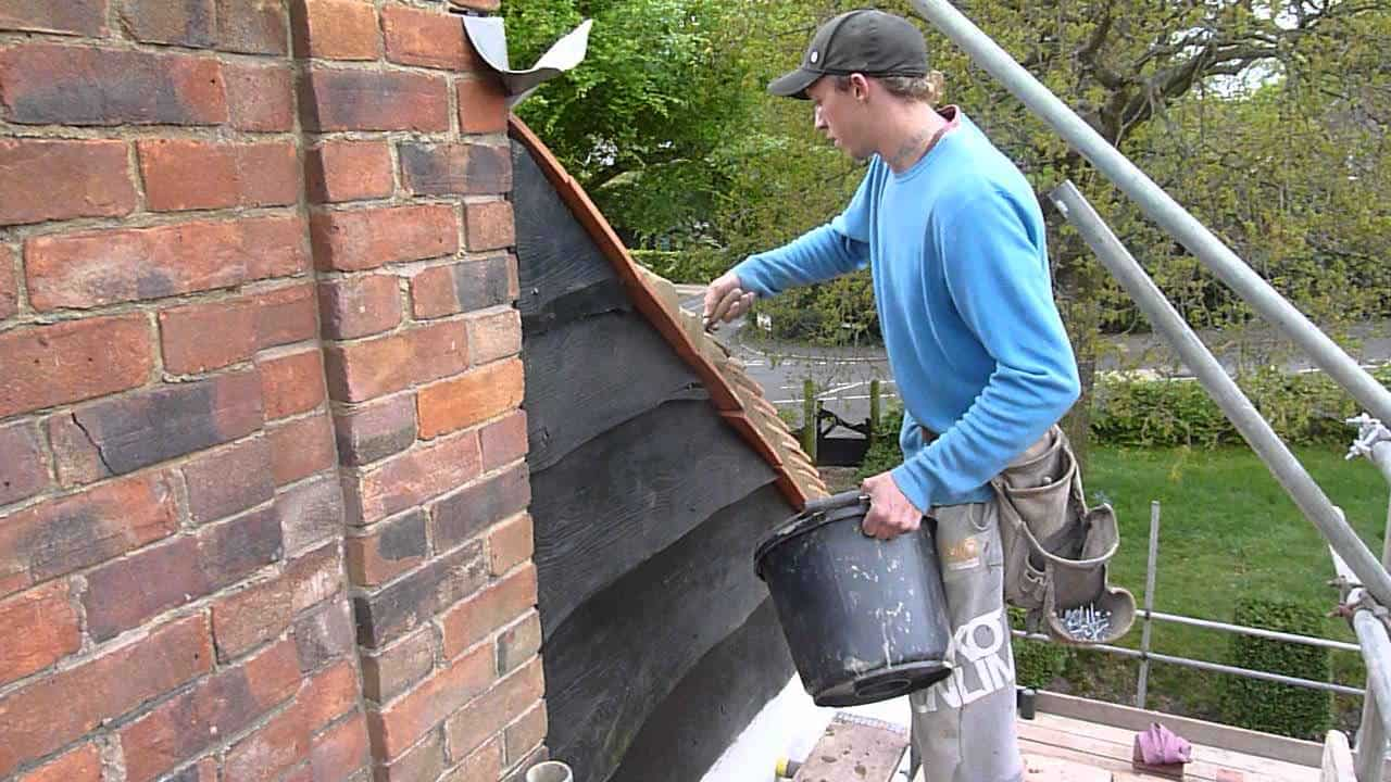 Roof undercloak installation diy home improvement - Key steps removal asbestos roofs ...