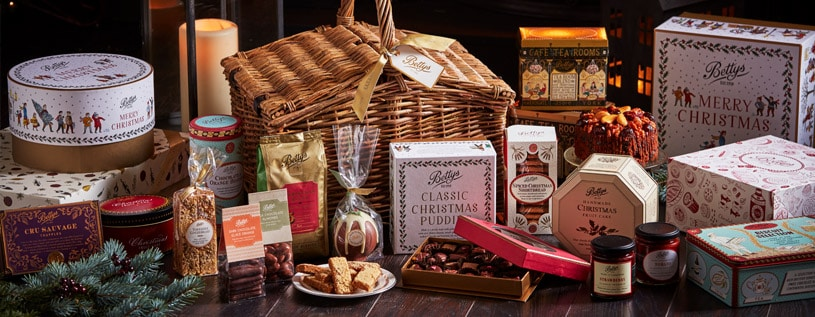 What Goes into a Truly Magical Christmas Hamper?